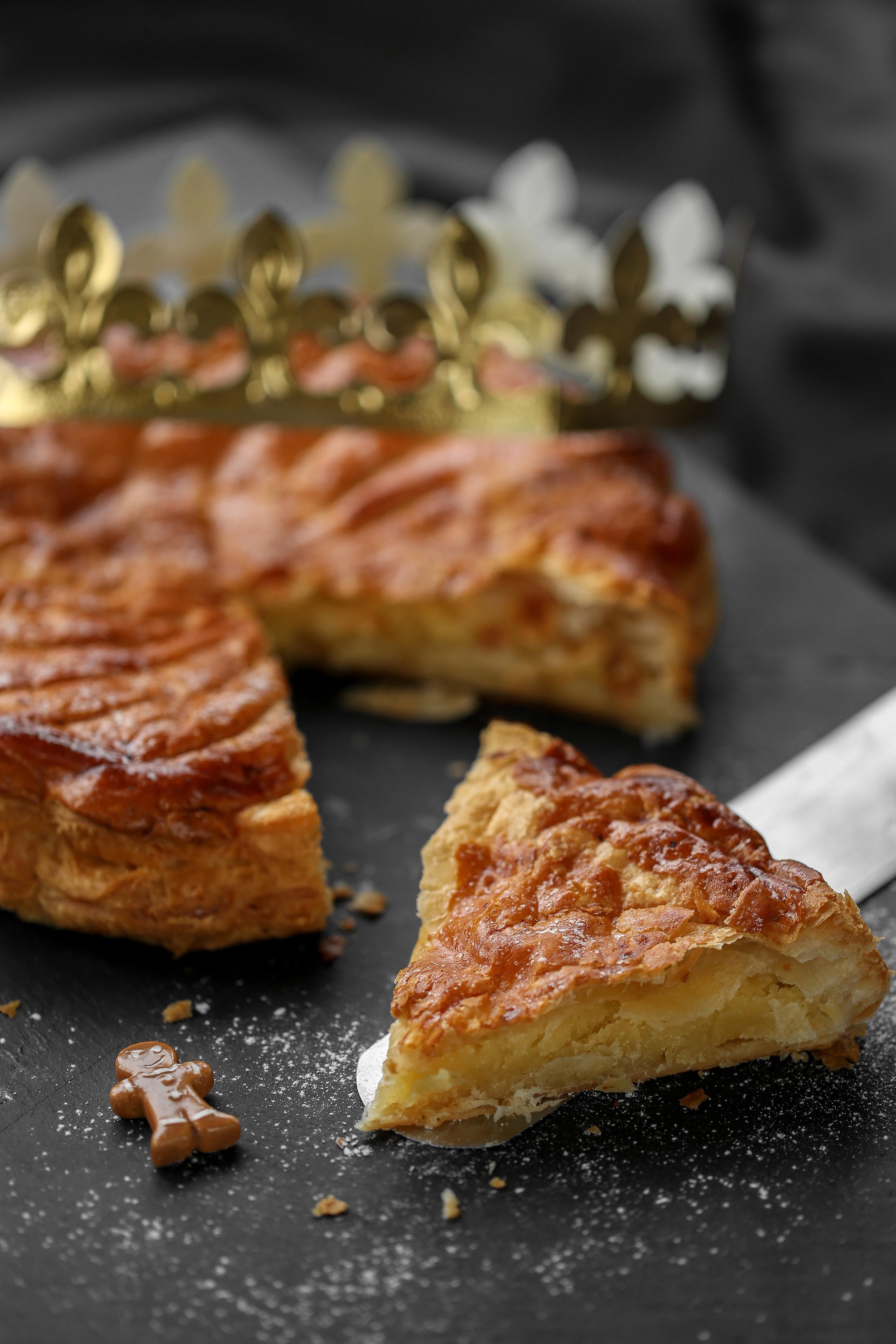 Galette des rois la frangipane aussi appel e parisienne f te de l 39 piphanie les recettes de - Galette des rois herve cuisine ...