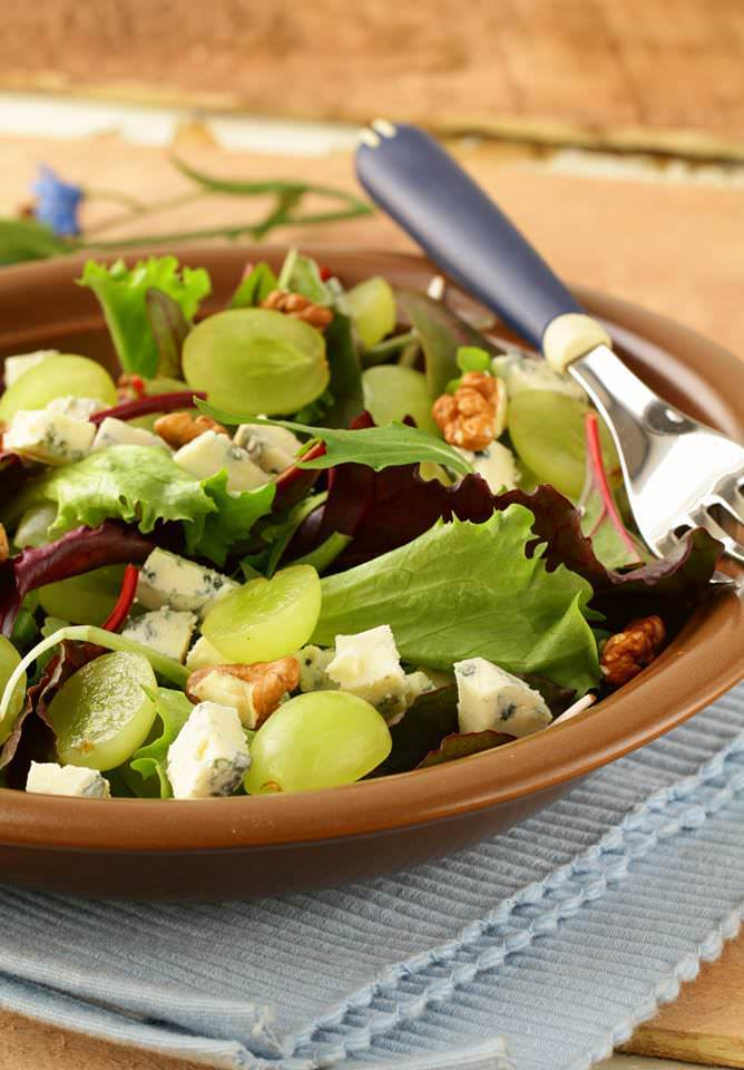 salade d 39 automne aux raisins un d licieux m lange sal sucr tr s automnal les recettes de. Black Bedroom Furniture Sets. Home Design Ideas