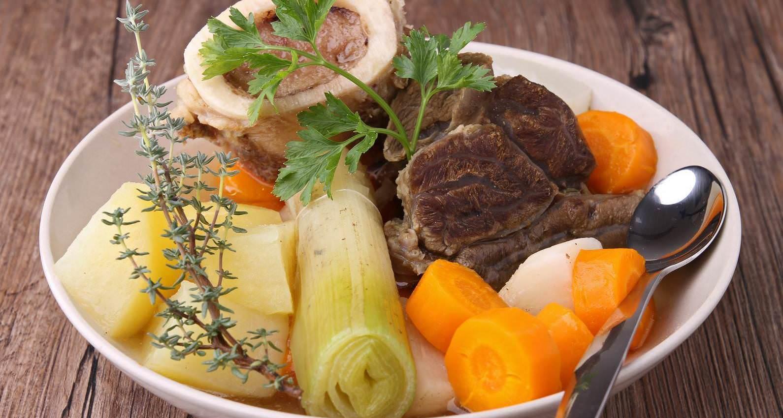 Pot au feu le plat unique automne hiver classique de la for Plat cuisine francaise