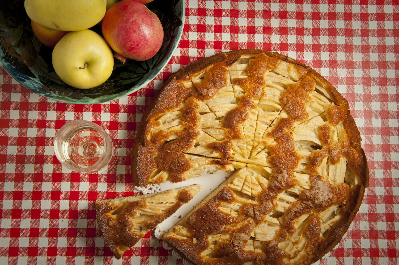 g teau aux pommes l italienne un d licieux gateau conomique et facile les recettes de cuisine. Black Bedroom Furniture Sets. Home Design Ideas