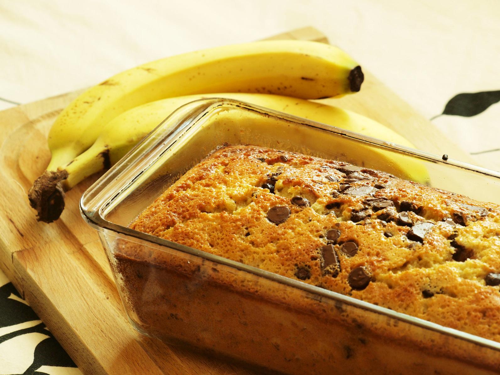 Gateau bananes chocolat un cake simple tr s facile faire id al pour un gouter les recettes de - Recette facile a faire pour le gouter ...